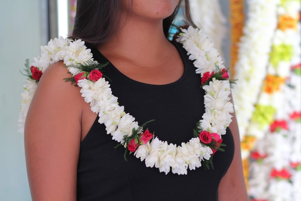 Double Tuberose With Rose | Cindy's Fragrant Leis